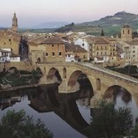 Puente la Reina/Gares