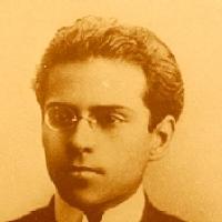 Medardo �ngel Silva