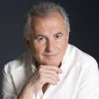 Víctor Manuel (cantante)