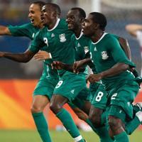 ¿Cuáles son los mejores futbolistas nigerianos de la historia?