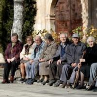 Importe de Pensiones para las Comunidades Autónomas y España