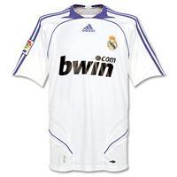 ¿Quién ha sido el mejor jugador de todos los tiempos en el Real Madrid?
